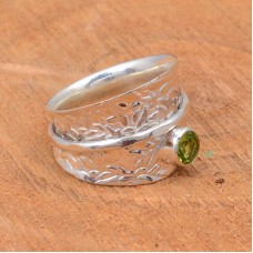 Meditation spinner ring, peridot gemstone spinner ring with silver wire spin